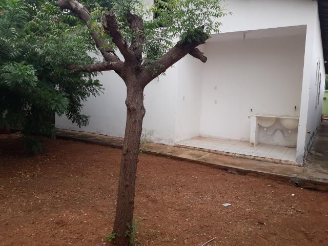 Vende-se ótima casa no bairro DNER, 3 quartos, 3 banheiros. ótimo preço 200 mil - Foto 17