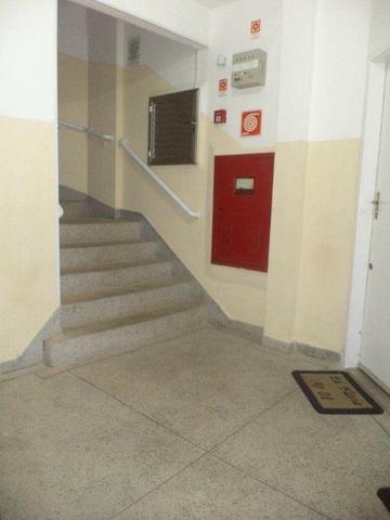 Kitnet 1 dormitorio, 1 vaga de garagem, 110 Mil á vista - Caiçara - Foto 2