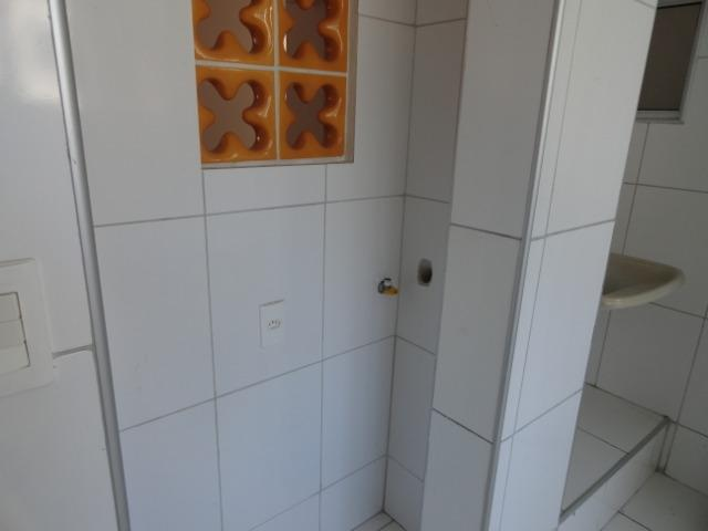 AP0303 - Apartamento com 3 dormitórios à venda, 108 m² por R$ 300.000 - Papicu - Foto 19