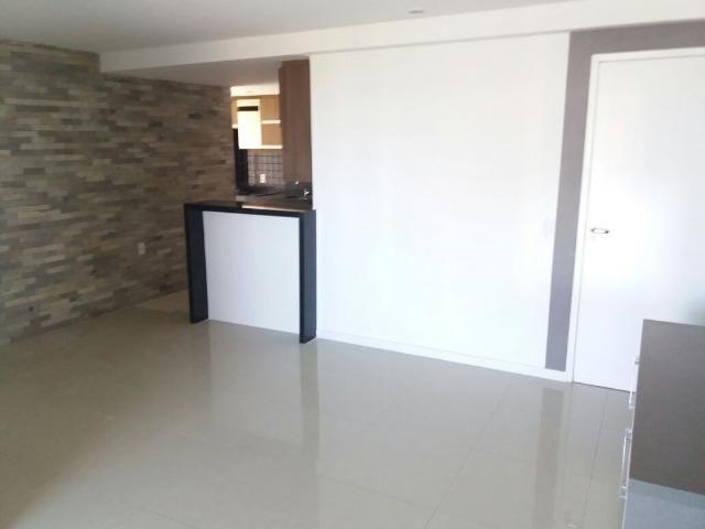 Apartamento para venda com três dormitórios no Engenheiro Luciano Cavalcante - Foto 8