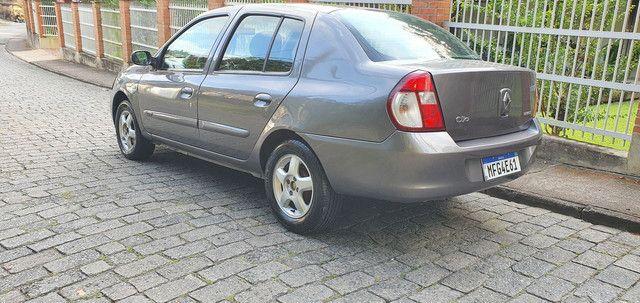 Clio sedan privilege 1.6 completo  - Foto 5