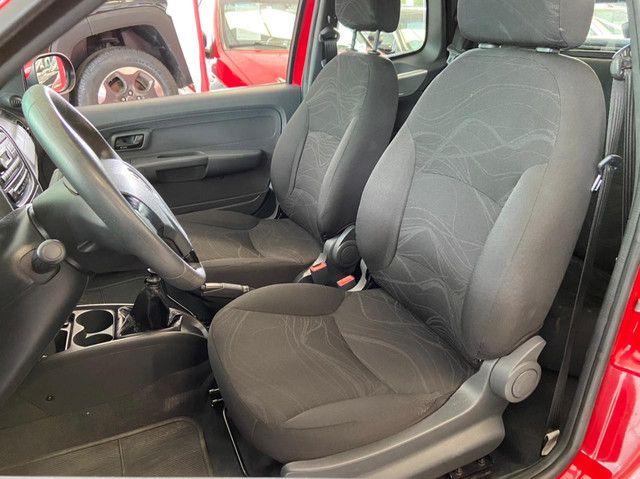 Fiat Strada CD 1.4 2018 3 Portas !!  - Foto 12