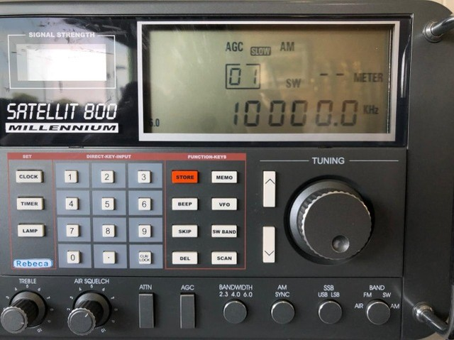 Rádio Mundial Satellit 800 Millennium - Foto 3