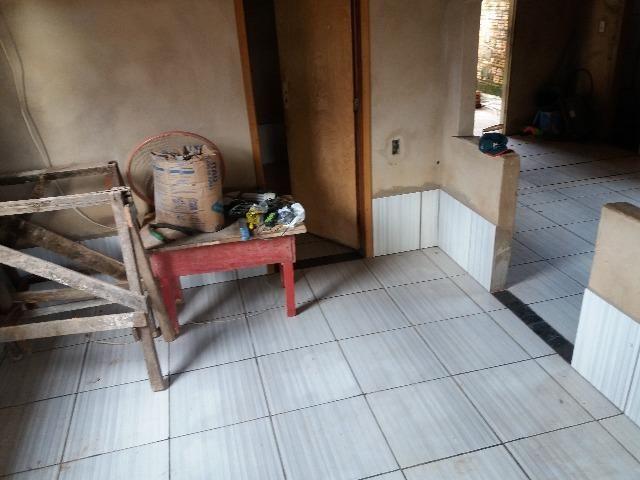 Casa no bairro lagoinha 2 quartos
