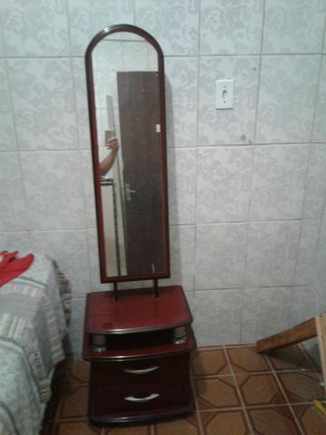 Móvel c espelho