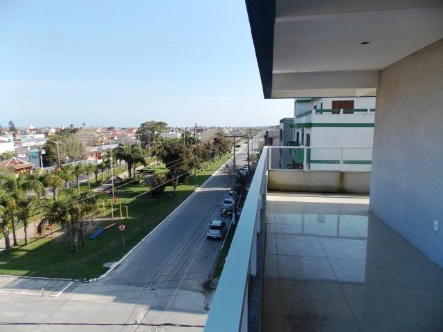 Apartamento no Cassino com vista pro mar, sacada com churrasqueira, ac. terreno em Pelotas