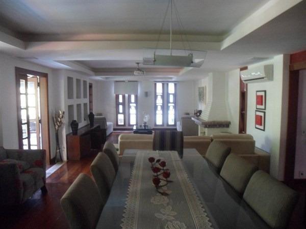 Condomínio, Itaipu, 4 Quartos, 2 suítes, 400 metros de construção, casarão - Foto 14