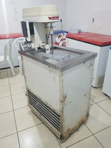 Máquina de de fazer sorvete (de massa) e picoleteira - Foto 4