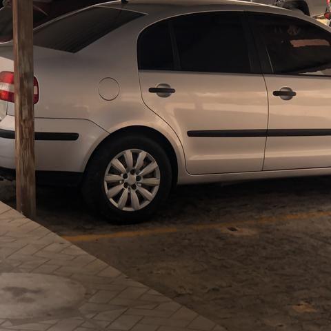 Pólo Sedan 2006