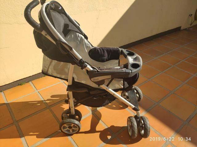 Carrinho de bebê Chicco Trevi + bebê conforto - Foto 5
