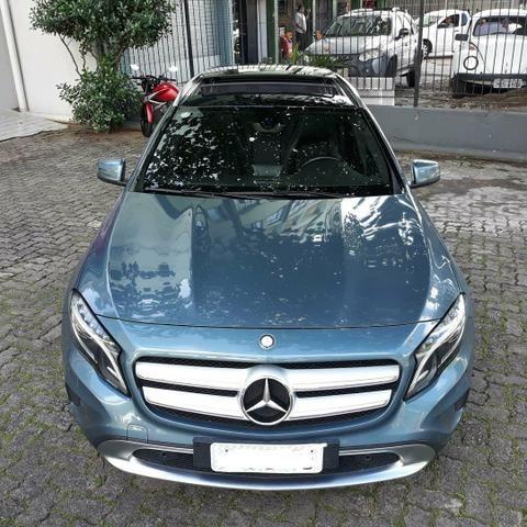 Mercedes GLA 200 VISION 2015