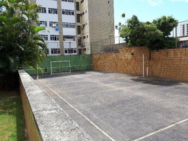 250 m², 3 suítes, gabinete, dependência, 3 vagas - Foto 4
