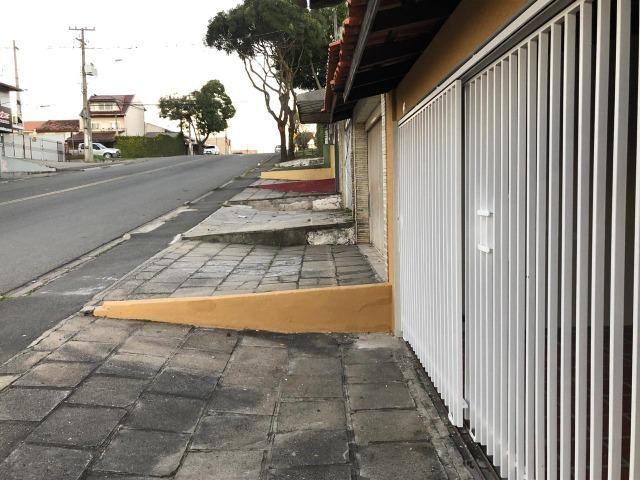 Sobrado: 3 quartos, ampla sacada e garagem coberta para 2 carros - Foto 13