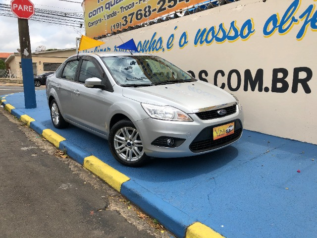 Ford Focus! Completíssimo!!