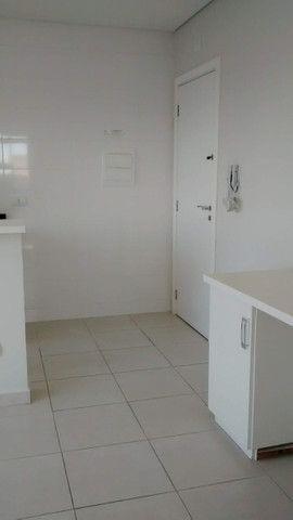 Apartamento 1 dormitório - 1 vaga - Edifício Columbia - São Francisco/Mercês - Foto 15