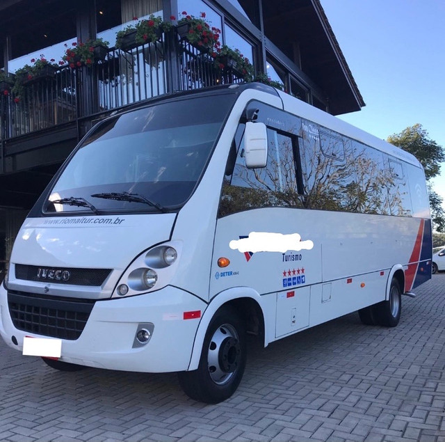 Micro-ônibus Turismo