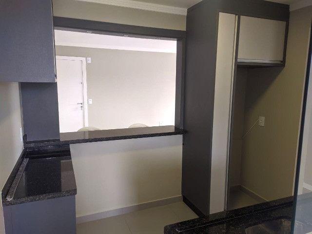 Apartamento totalmente reformado 70m², 2 Quartos, sacada com churrasqueira - São Luis - Foto 9