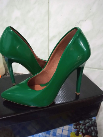 Scarpin verde bandeira - Foto 3