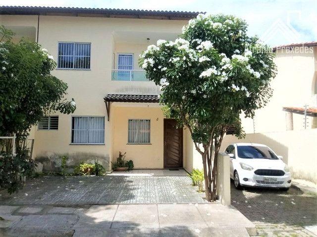 Casa em Condomínio 4 Quartos em Eusébio/CE