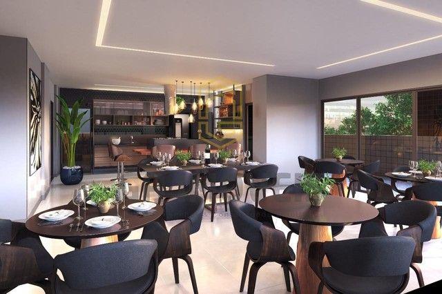 Lançamento na Ponta Verde, varanda gourmet, 4 suítes + DCE e lazer a partir de 1.013.917! - Foto 2