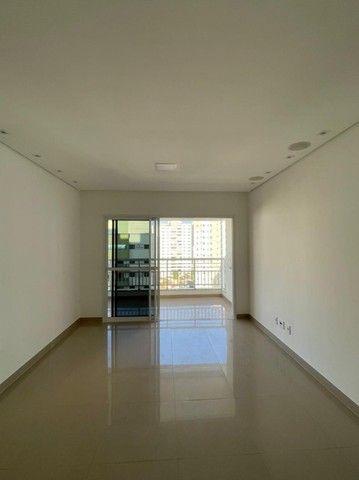 Vendo apartamento de 3 suítes no Edifício Arthur - Foto 2