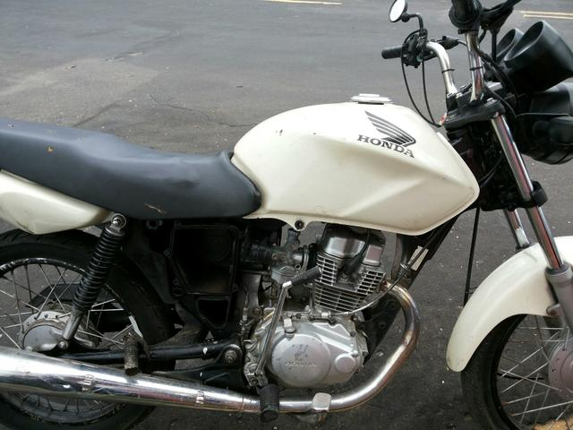 So vendo a moto ta com motor novo