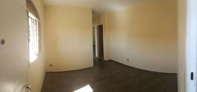 Apartamento de 02 quartos reformado - Quadra 01