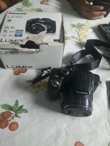 Câmera panasonic LZ30