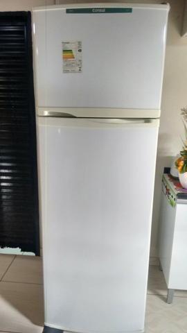Vendo geladeira biplex