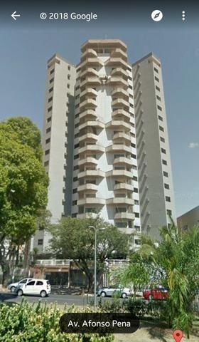 Apartamento na Av. Afonso Pena