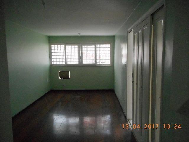 Casa com dois pavimentos na rua santa luzia bairro sao jose - Foto 3