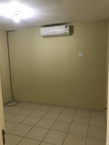 Sala na Av. Jaguarari com 45mts , sub dividida em 02salas+banheiro+copa+ - Foto 5