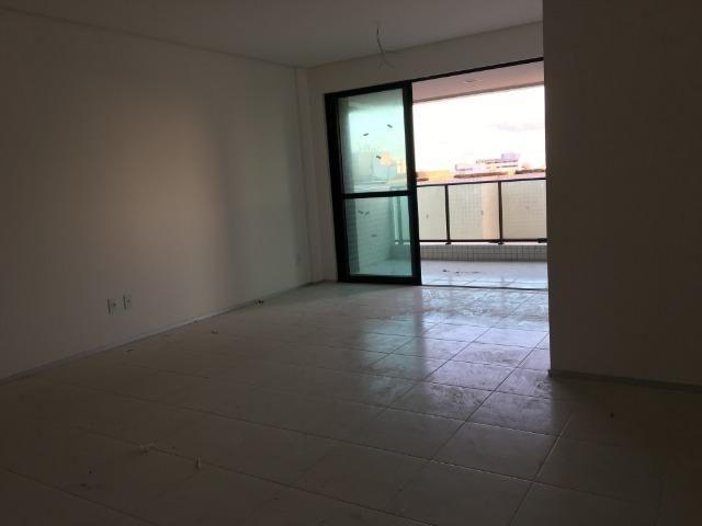 Apto na Ponta Verde com 03 quartos . Imóvel pronto para morar e condições especiais! - Foto 2