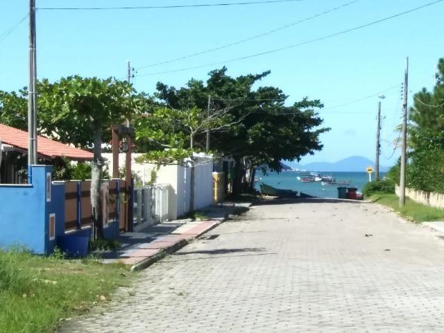 Ótimo terreno na quadra do mar da Praia de Zimbros em Bombinhas SC - Foto 2