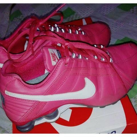 9b6cf1e749d Tênis Nike Shox Junior -36 - NOVO (rosa e branco) - Roupas e ...