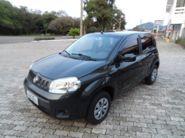 Fiat Uno Vivace 1.0 8V (Flex) 4p 2012