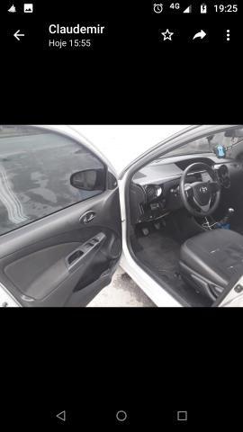 Vendo Toyota Etios - Foto 10