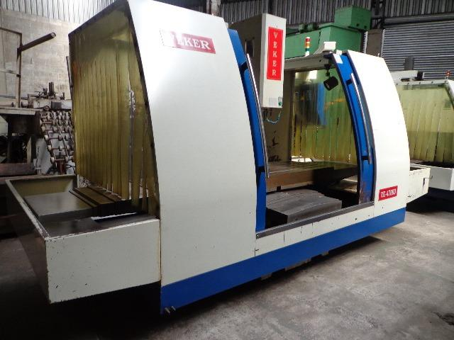 Fresadora CNC Veker 4700D