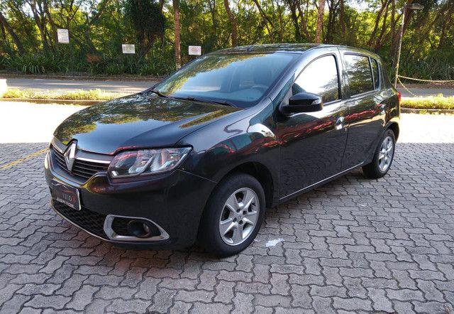 Renault Sandero Dynamique 1.6 flex com gnv top de linha