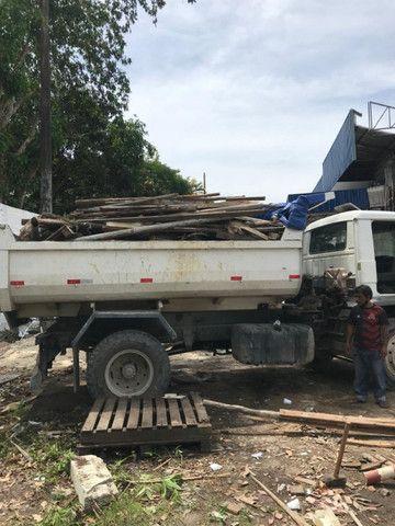 Limpeza de Terrenos, corte de árvores, terraplanagem e demolição em geral