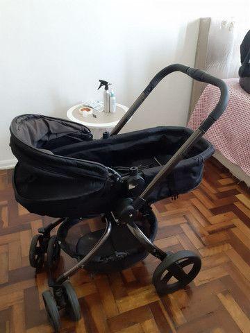 Carrinho Mothercare e bebê conforto Maxi Cosi - Foto 2