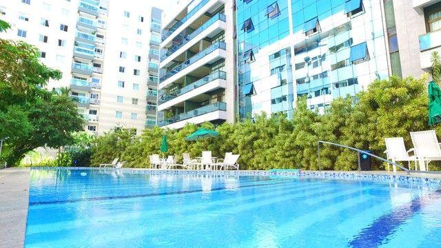 Apartamento Cobertura com 4 Suítes, 4 Vagas com 368 m² na Jatiúca em Maceió