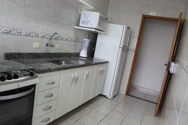 A008 - Apartamento frente mar com sacada gourmet - Foto 12