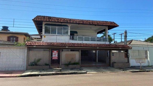 Casa a venda no Santa Rita contendo 05(Cinco) Suítes
