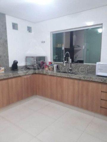 Casa à venda no bairro Cidade Jardim - Goiânia/GO - Foto 11