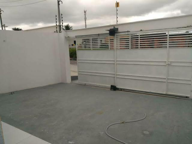 .Casa com 3 qts pronto pra morar 2 vagas todo murado prox Av das torres  - Foto 5