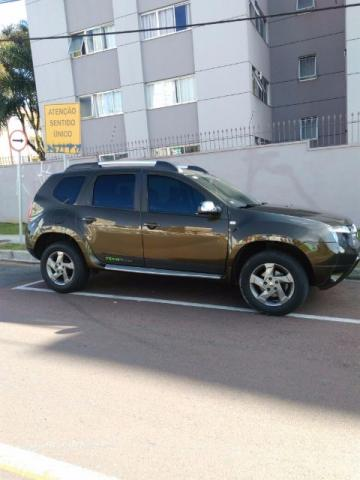 RENAULT DUSTER TECH ROAD 2.0 AUTOMATICA