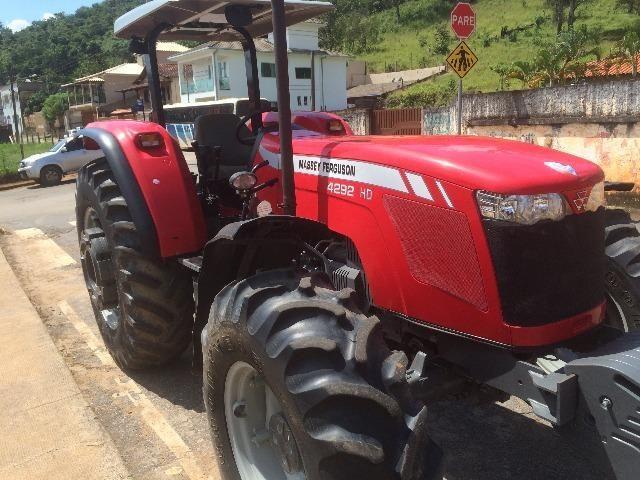 Trator Massey Ferguson 4292 HD