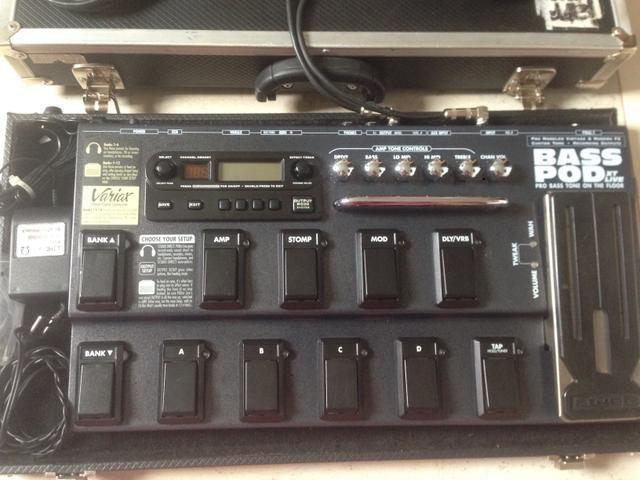Bass Pod XT Live (pedaleira p/ baixo)