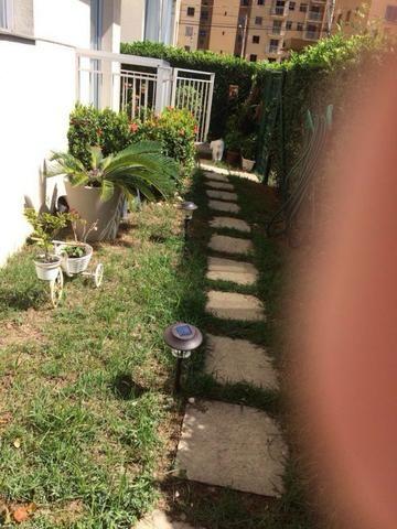 Apartamento com quintal Morada de Laranjeiras